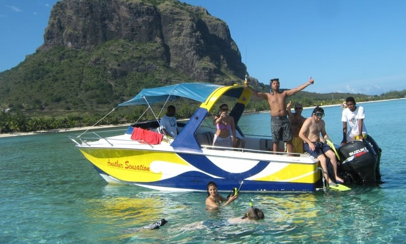Boat Day Trips & Charter in Bénitiers Island