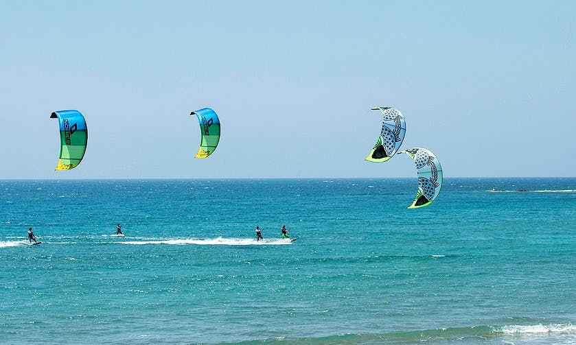 Kiteboarding Lessons in Kinnakeet