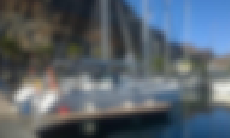 'Magi' Bavaria Cruiser 40 Charter in San Sebastián de La Gomera