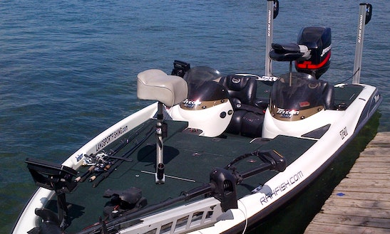 21' Bass Boat Fishing Trips On Eastern Lake Erie