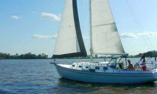 32' Sailing Yacht Charter In Clontarf