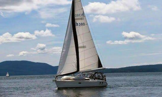Cruising Monohull Crewed Charters, Sunshine Coast Bc