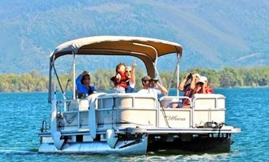 Pontoon Trips In Lakeport, California