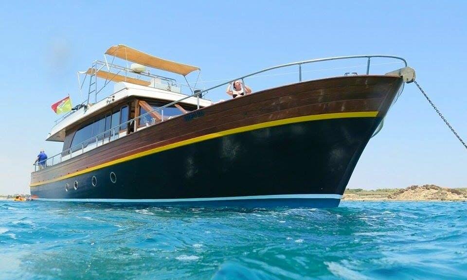 Motor Yacht Rental in Pachino