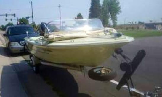 Bowrider Rental In Aurora, Colorado