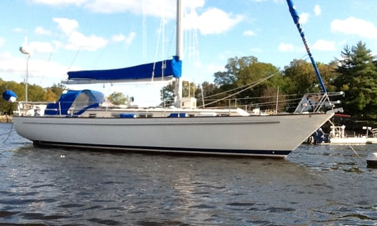 Charter 38' Pearson Cruising Monohull In Mamaroneck, New York