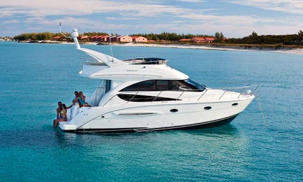 Charter 35 39 meridian sedan luxury motor yacht in san for Motor boat rental san francisco