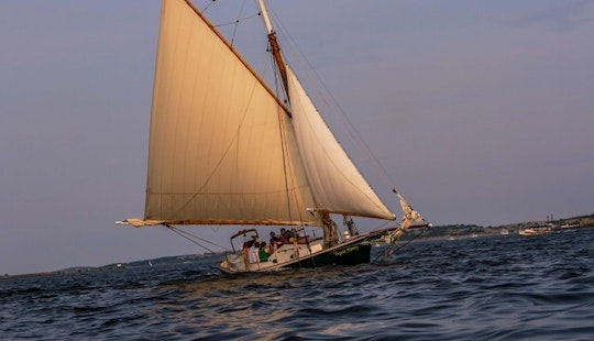 'tupelo Honey' Sailboat Charters In Boston