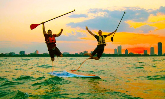 Stand Up Paddleboard Rental In Chicago