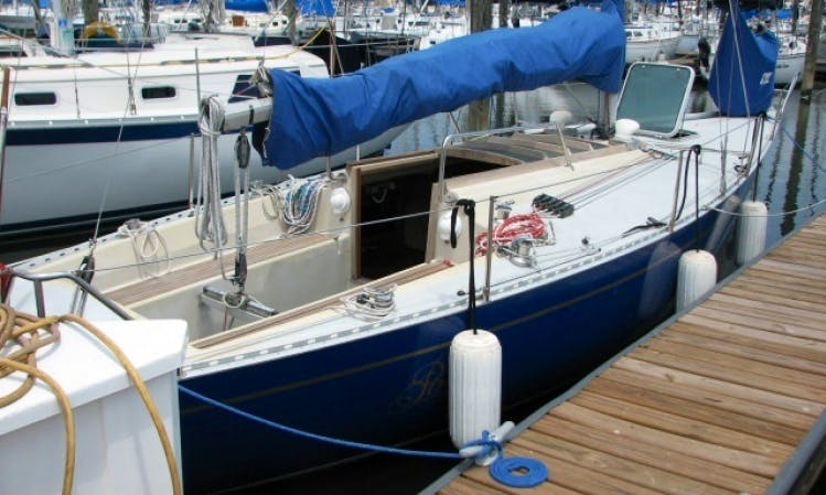 Charter 30ft 'Posh' Bianca Aphrodite Sailboat In Kemah, Texas