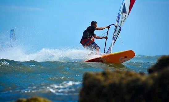 Wind Surfing Lesson In Saint Kilda West