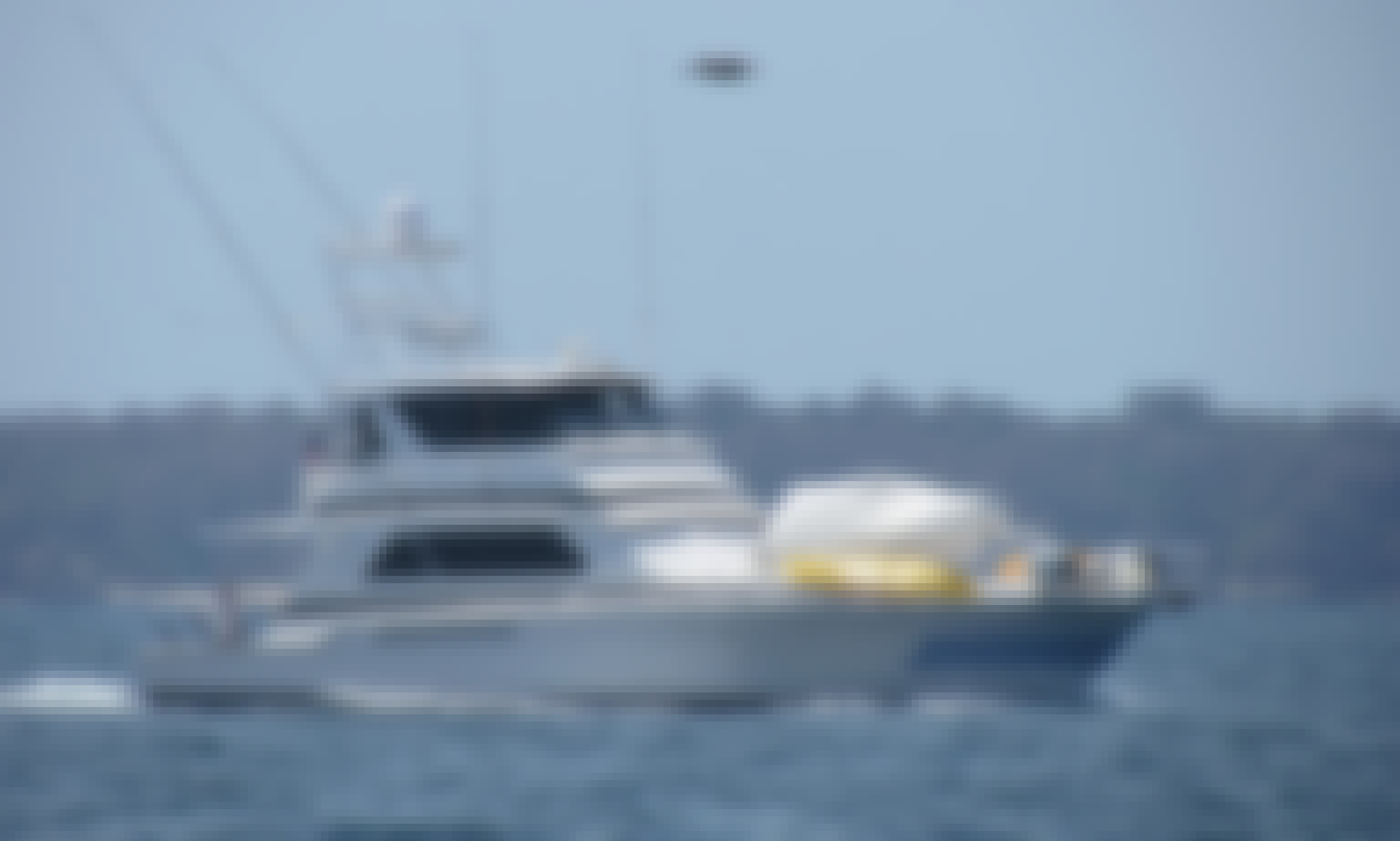 60' Motor Yacht Charter in Panama, Panama