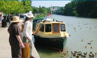 24' Nimble Nomad Self Hire Boat, Erie Canal,  Finger Lakes. Week long bareboat charters Monday-Sunday or multiple weeks