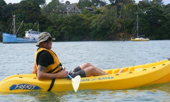 Sit-on-top Kayaks For Hire In Auckland