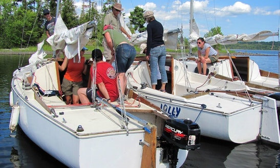 Sailboat Docking Lessons In Ottawa