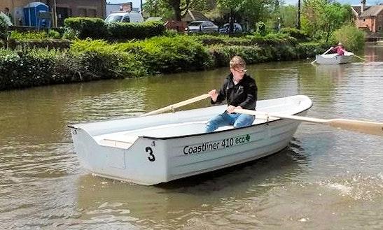 Row Boat Trips In Tonbridge, United Kingdom