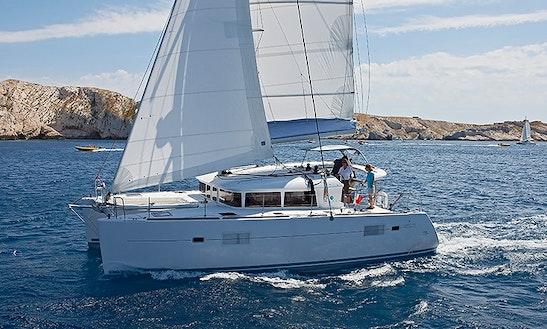 Catamaran L40 In Keppel Bay
