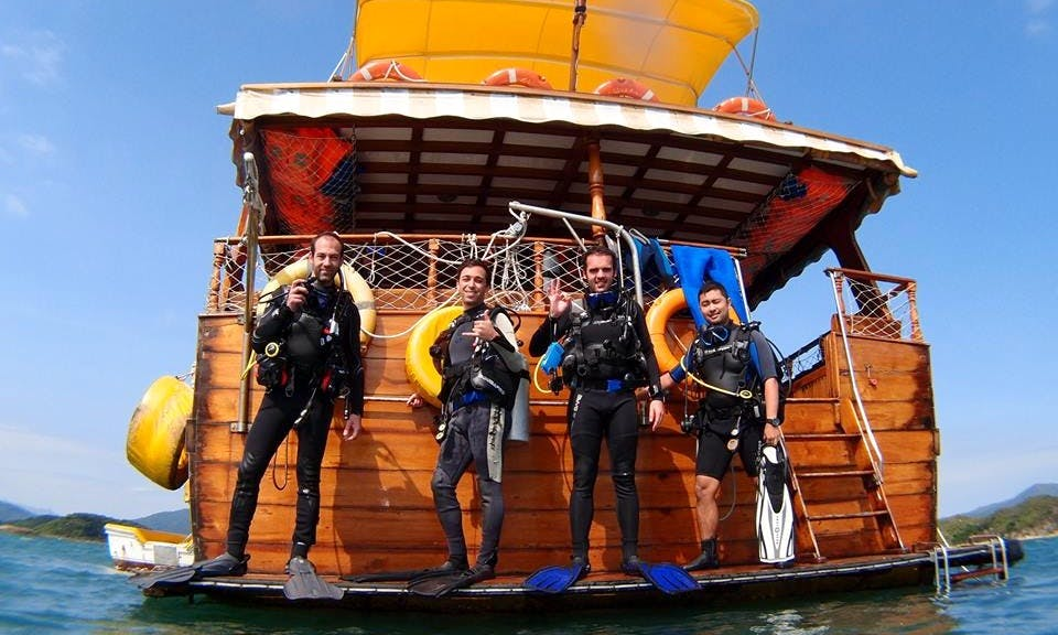 Boat PADI Diving Courses in Hong Kong