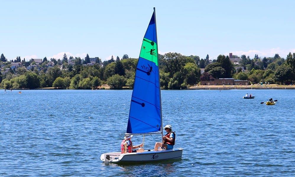 Rent 10' Hunter Excite Daysailer in Seattle, Washington