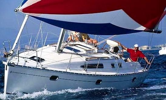 Charter Sun Odyssey 34.2 Sailing Yacht In Monte Argentario