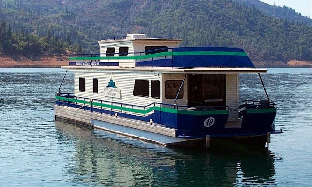 Grand sierra houseboat shasta lake redding ca getmyboat for Shasta motors redding california