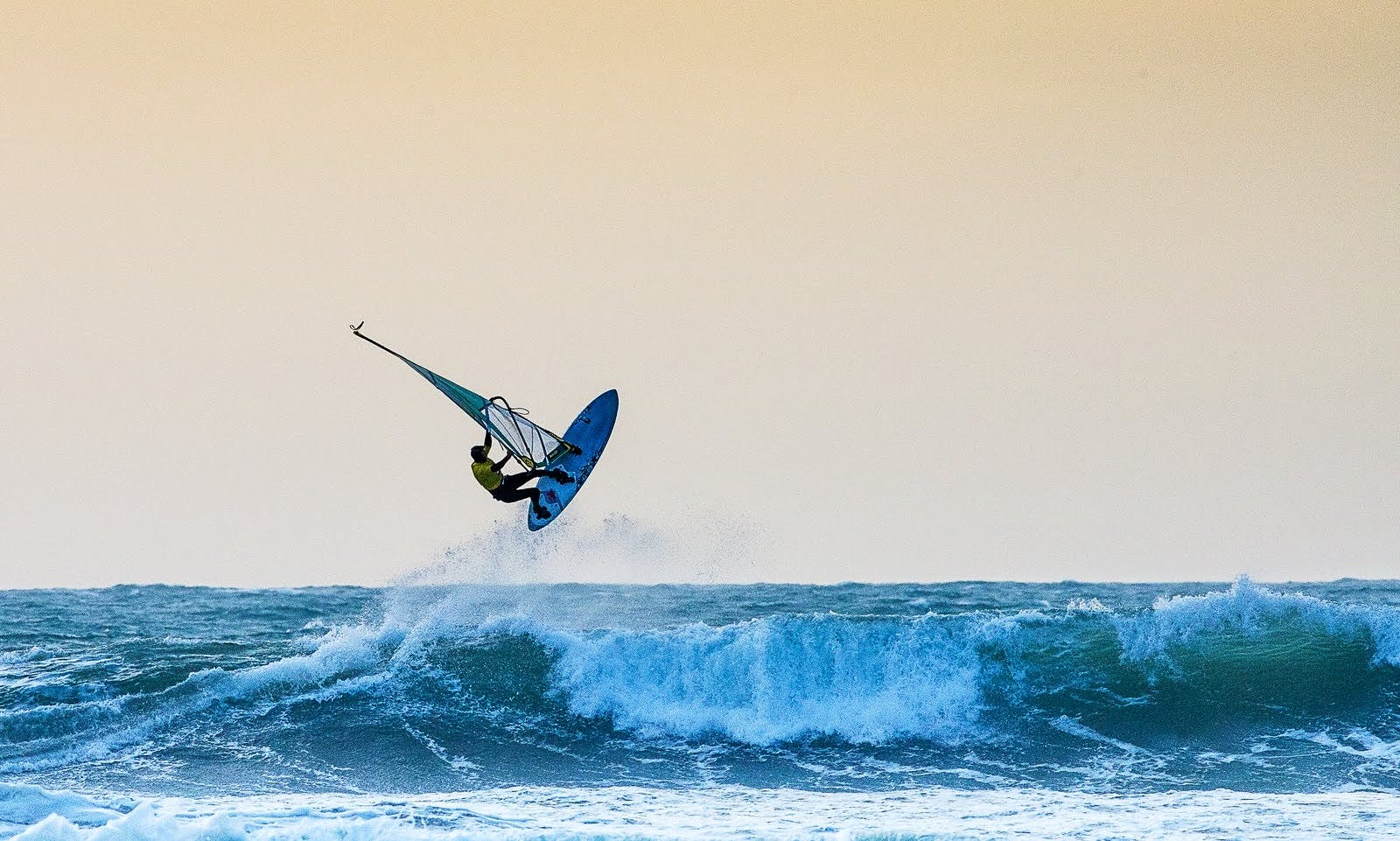 Windsurfing Lessons in Crozon