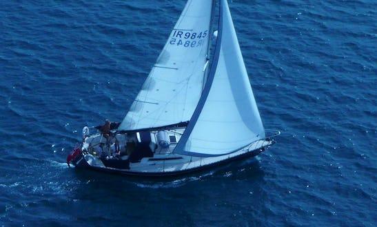 Cruising Monohull Rental In Weymouth