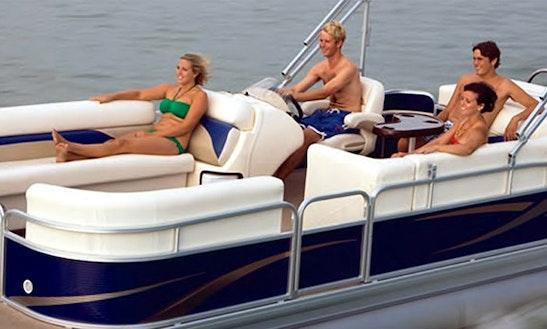 24ft Pontoon Boat Rental In Barnegat Light, New Jersey