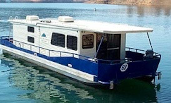 Boat rentals in redding for Shasta motors redding california