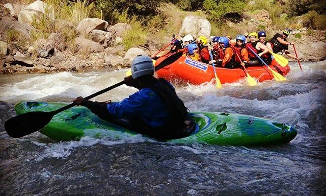 Extreme Kayak Rafting Lessons with Professional Instructor in San José De Maipo, Chile