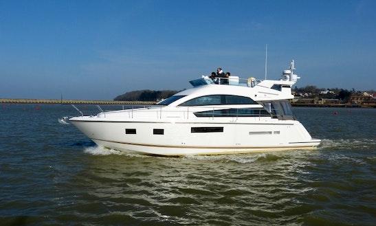 42' Motor Yacht