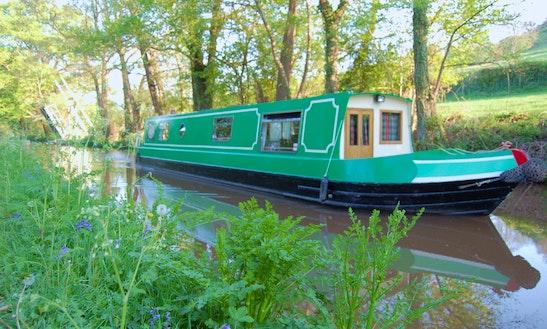 Canal Boat Rental In Llanfrynach