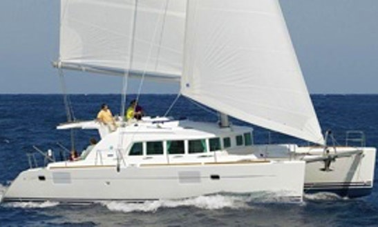 44' Cruising Catamaran