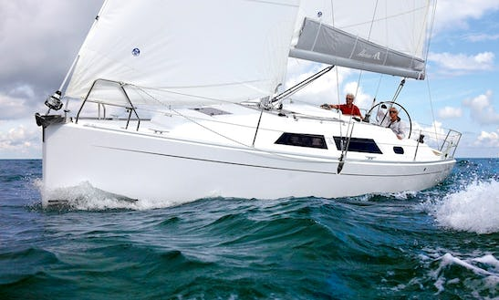 31' Hanse Sailboat Charters In Greifswald, Germany For Up To 4 Person