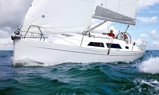 31' Cruising Monohull Charters In Greifswald, Germany