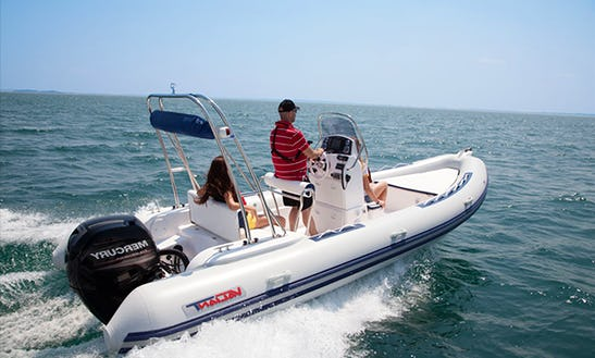 Rent The 21' Semirigid Valiant Boat In La Rochelle