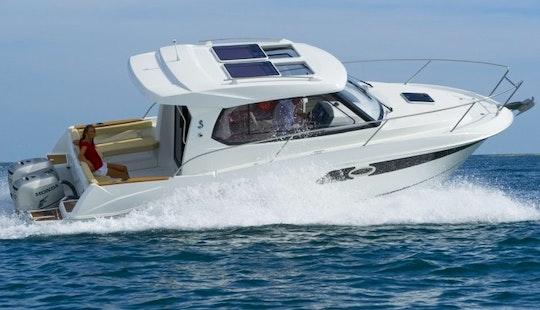 Rent The 29' Beneteau Antares Speedboat In La Rochelle