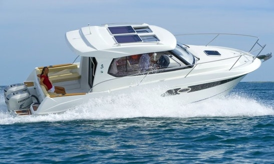 Rent The 29' Beneteau Antares Speedboat In La Rochelle