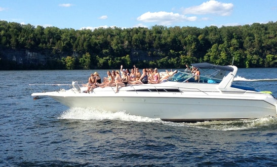 Motor Yacht Rental In Osage Beach, Missouri