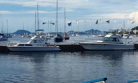 Charter 32' Motor Yacht In Rio De Janeiro, Brazil