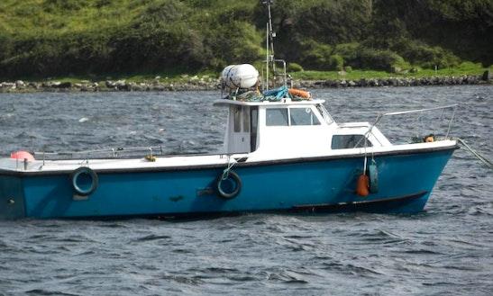 23' Head Boat