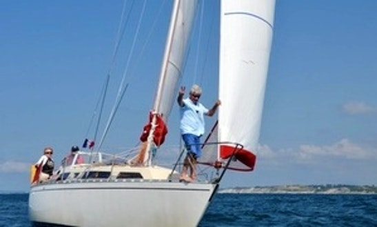 Cruising Monohull Trips & Lessons In Hendaye, France