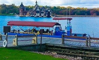 """42' Pontoon """"Knot"""" Diving Trips in Brockville, Canada"""