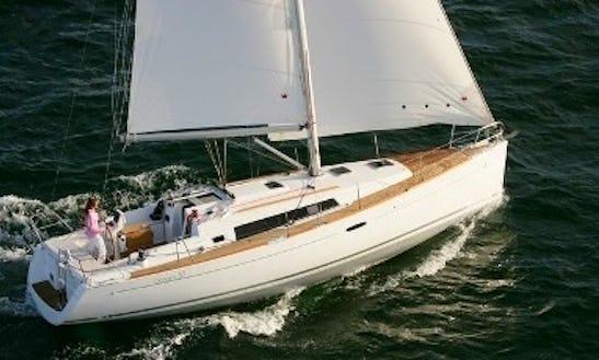 Beneteau 37 Cruising Monohull Charters In Kinsale, Ireland
