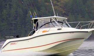 27' Cuddy Cabin Fishing Trips in Campbell River, Canada