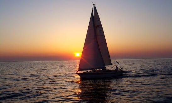 Sun Fizz 40 Cruising Monohull Trips In Santorini, Greece