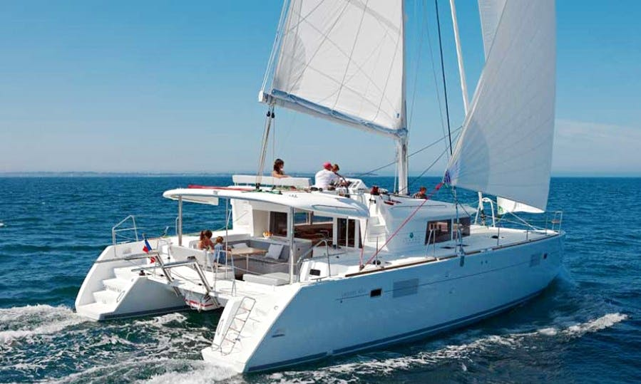 "LAGOON 450 Cruising Catamaran ""Margarita"" Trips in Santorini, Greece"