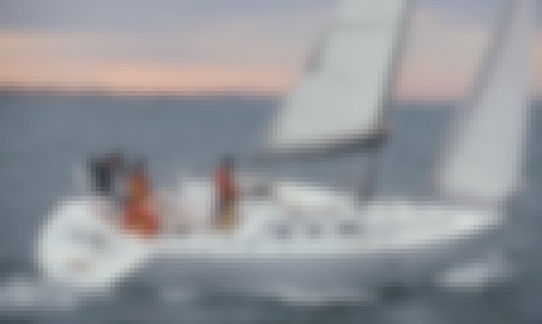 Oceanis 323 Cruising monohallin Finland
