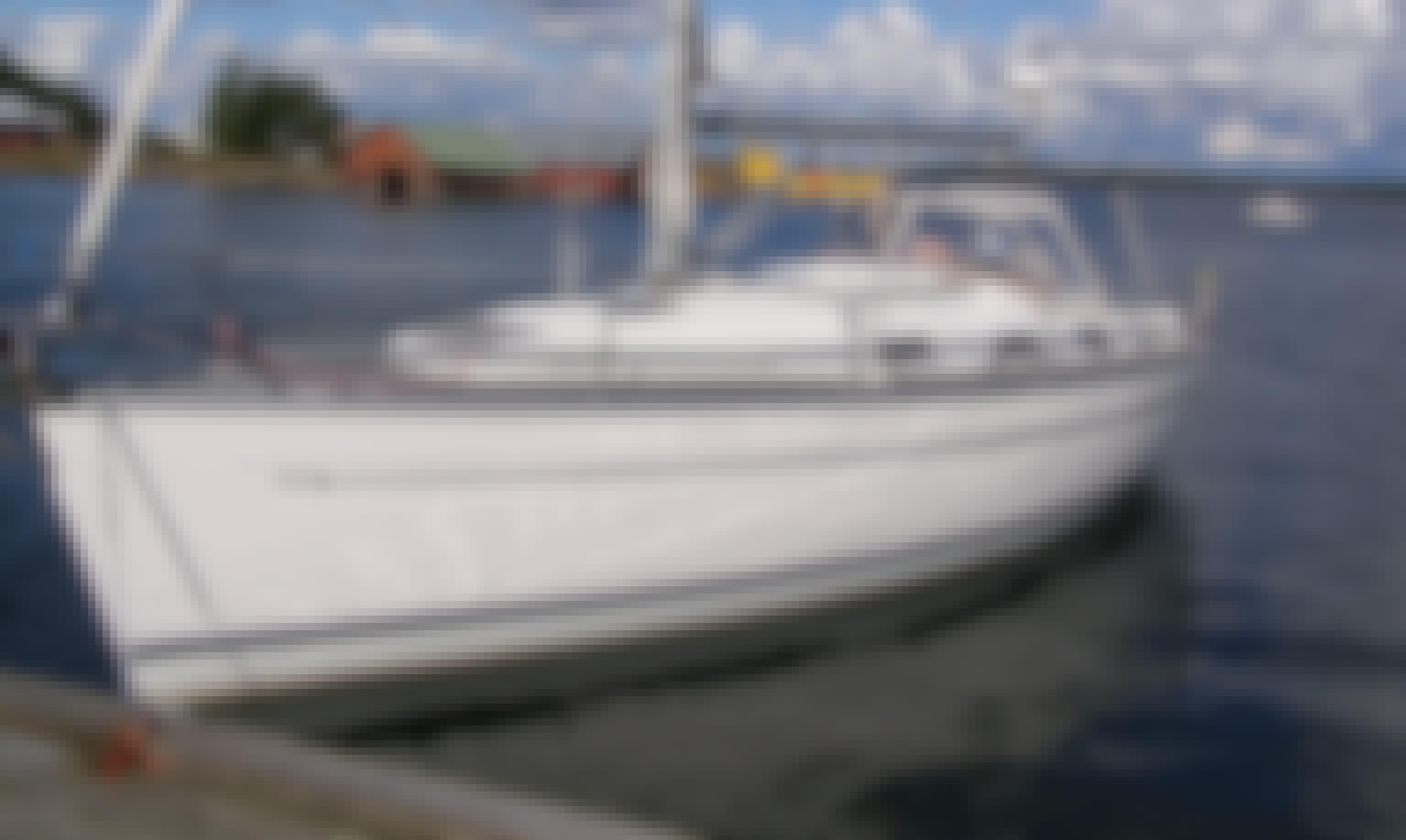 Bavaria 36 Cruising Monohull  In Finland