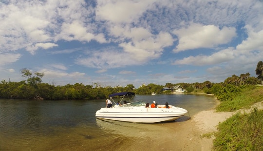 Charter 26' Deck Boat Chris Craft 262 In Dania Beach, Florida